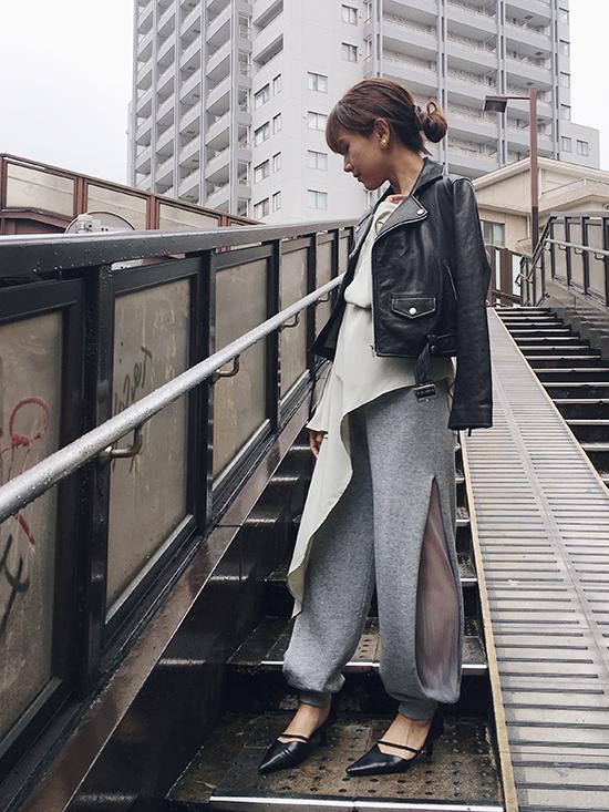 yukin_ASYMMETRY COMBINATION LAFF TOP
