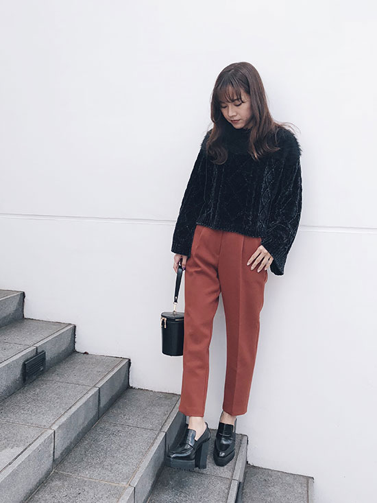 yukin_TWO YARN CABLE KNIT TOP