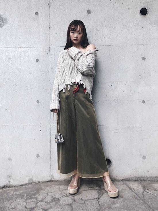 kae_SHEER SHINY PANTS