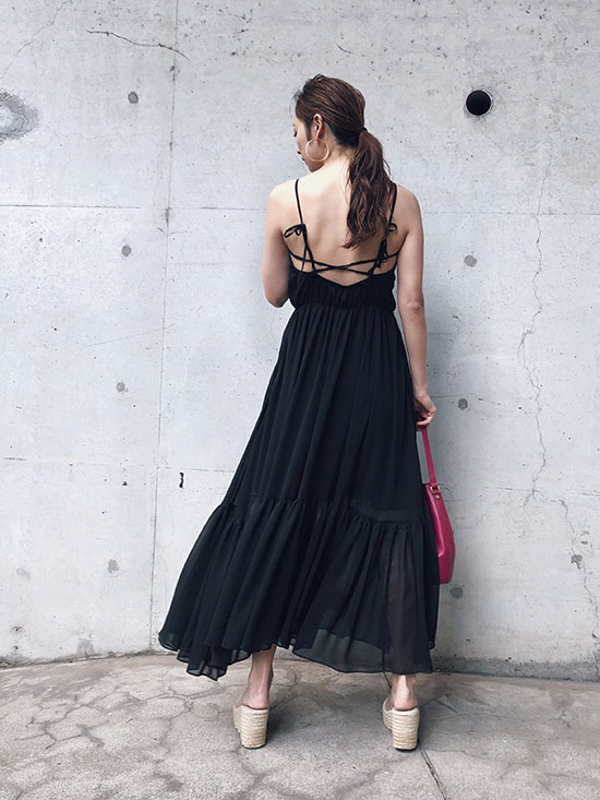kae_BACK OPEN SUMMER DRESS