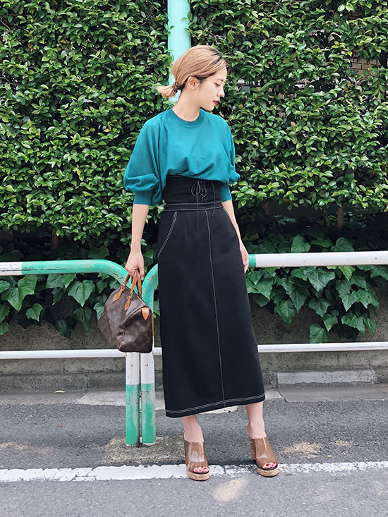 yuko_SHEER DOLMAN SLEEVE KNIT