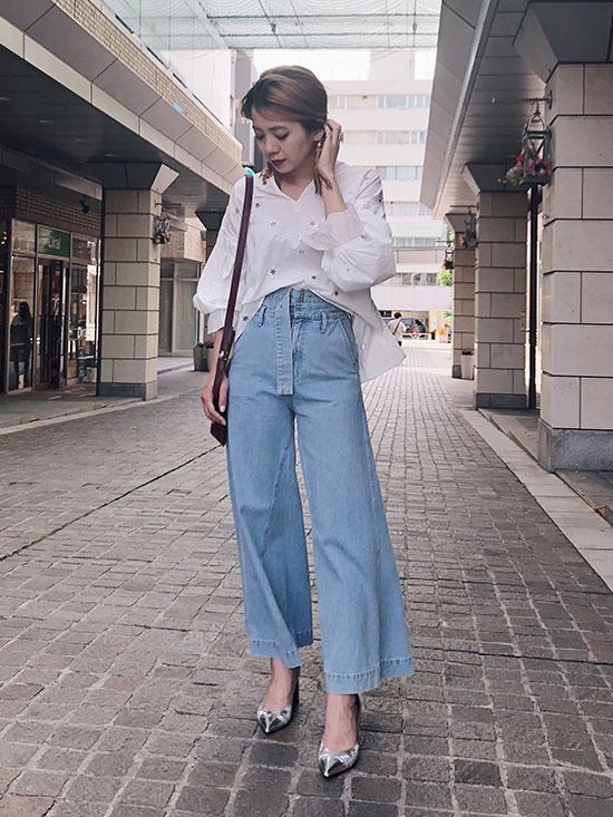 yuko_MEDI LANTERN STARS BLOUSE
