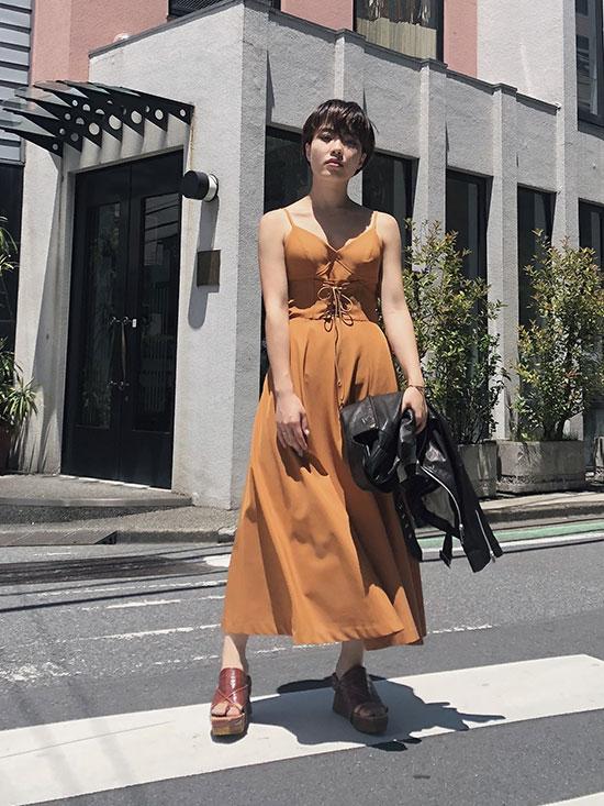 shiori_MEDI LACE UP SLIT DRESS