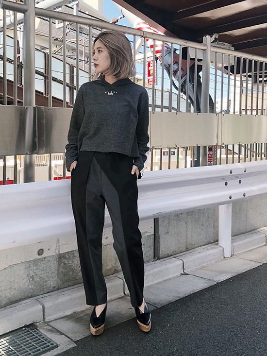 yuko_OLD CLOTHES LIKE HOODIE