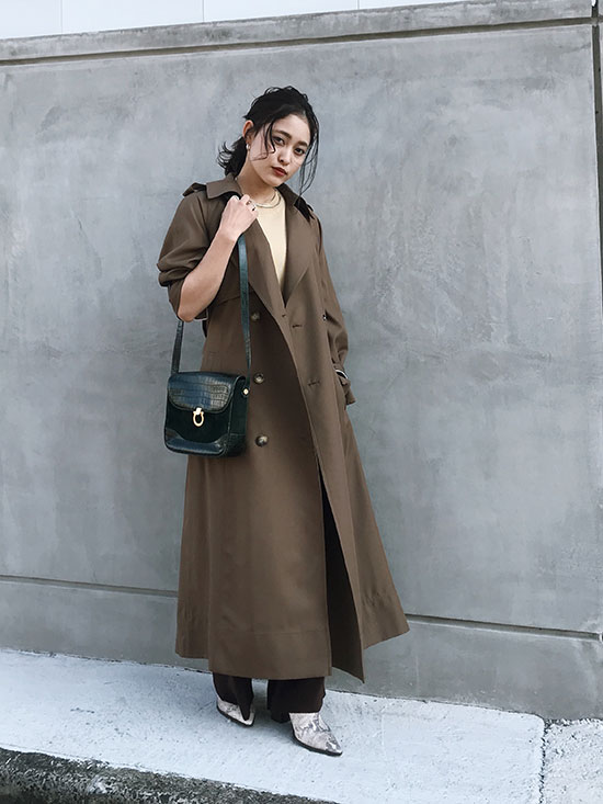 akane_VARIOUS BACK PLEATS TRENCH
