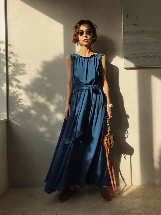 nao_BACK TAIL CIRCULATE DRESS