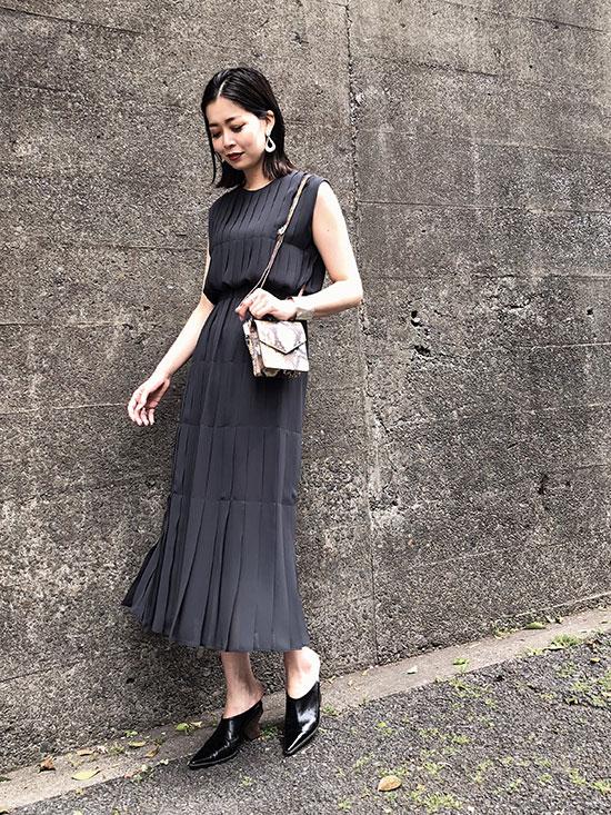 ayumi_PLEATS STITCH DRESS