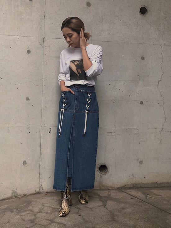 yuko_UNEVENNESS POCKET DENIM SKIRT
