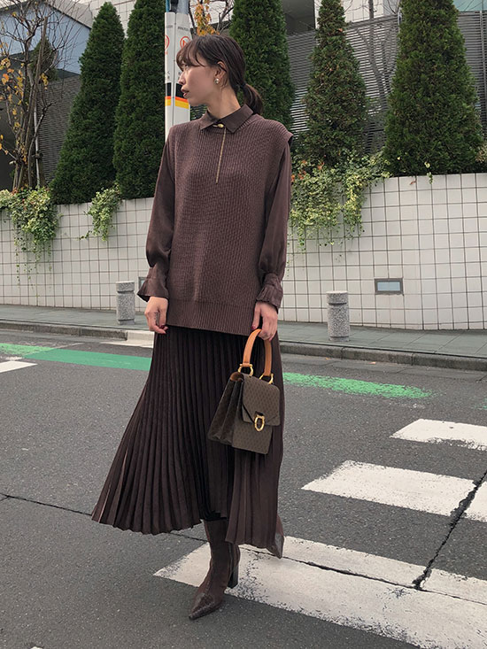 kaori_VEST WITH PLEATS DRESS