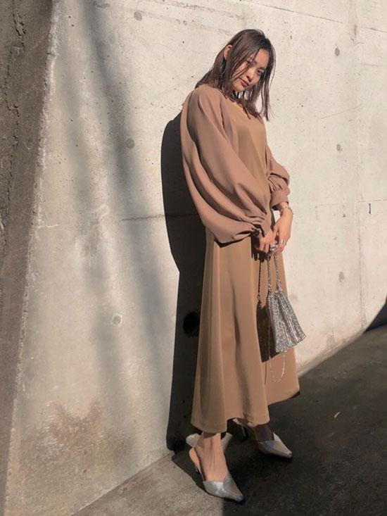 akane_CANOPY SLEEVE DRESS