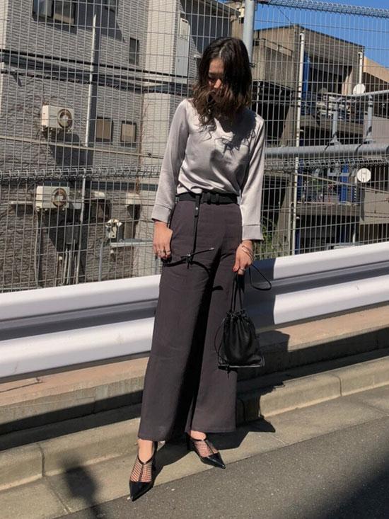 ayumi_SIMPLE NO COLLAR TOP