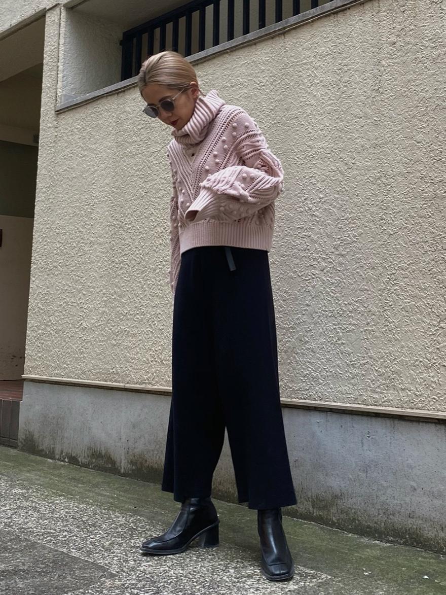 yuko_UNDRESSED GEOMETRY CUTTING KNIT