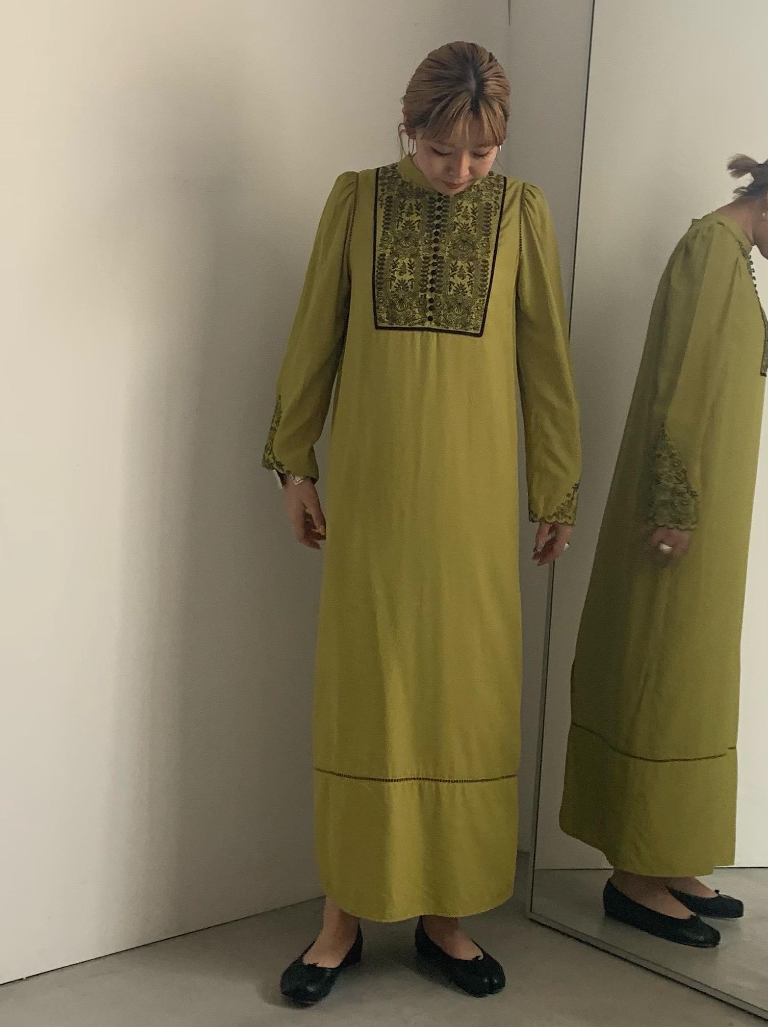 reisa_ELFIN EMBROIDERY CAFTAN DRESS