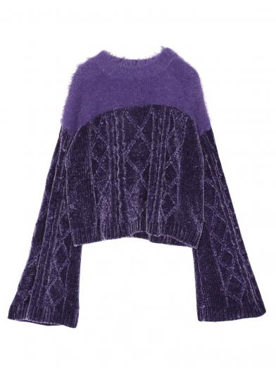 TWO YARN CABLE KNIT TOP