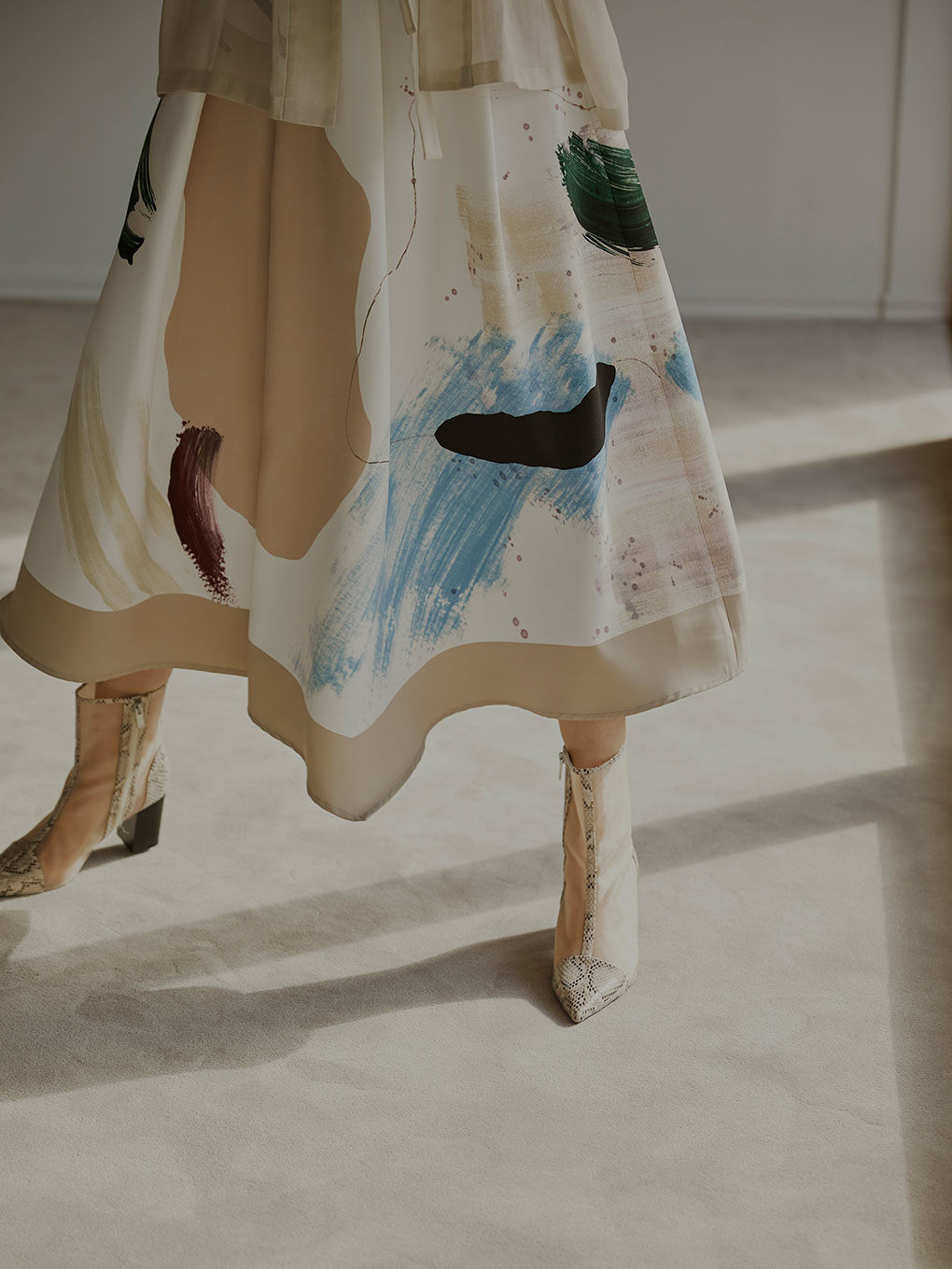 MARY PAINTING FLARE SKIRT