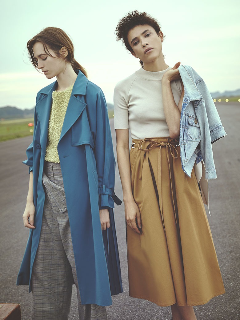 SEE THROUGH BACK PLEATS TRENCH