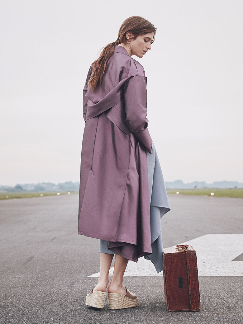 IRIDESCENT DRAPE COAT