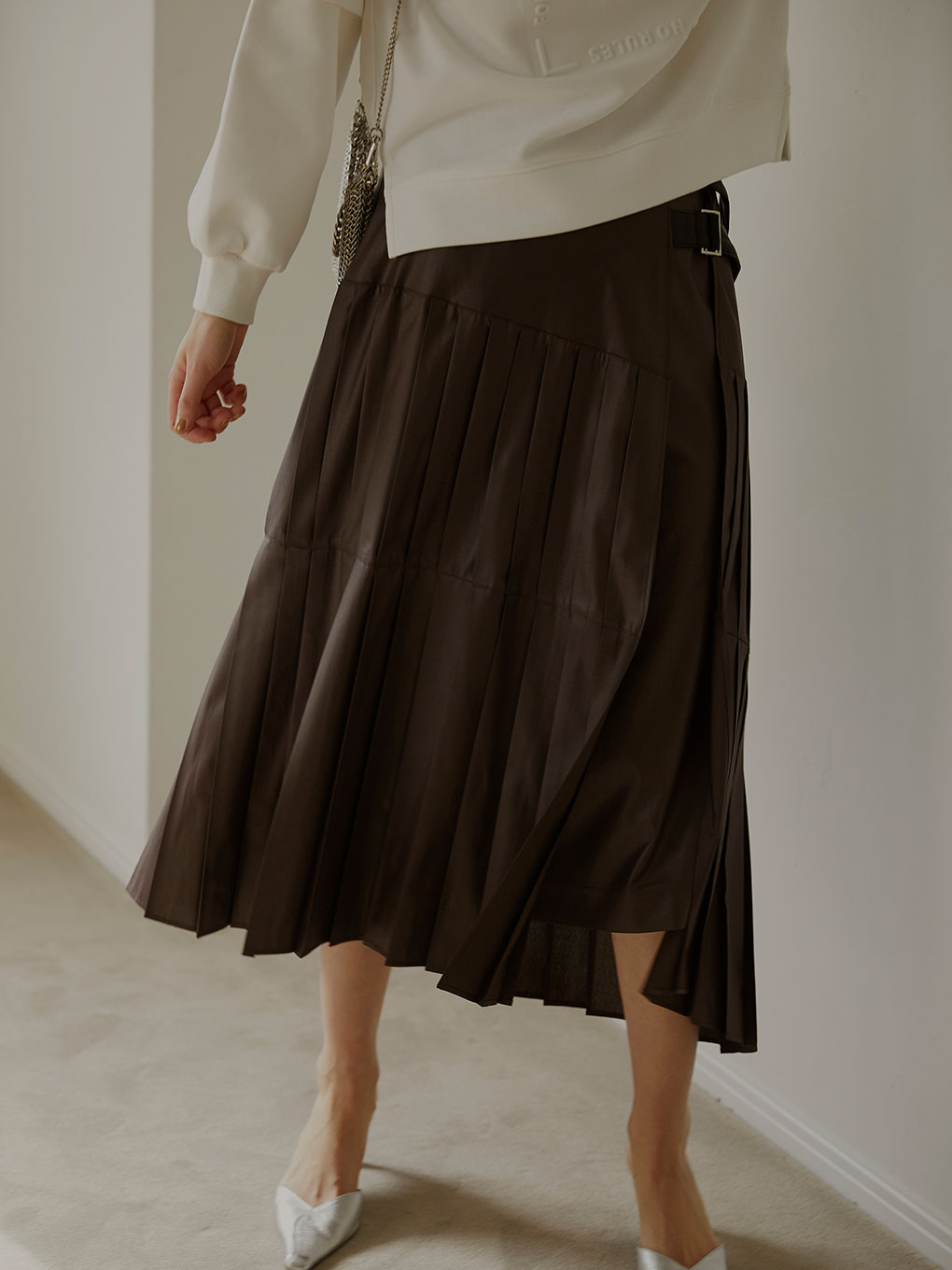 KINGYO PLEATS SKIRT