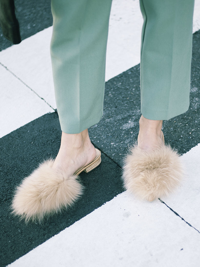 FOX FUR FLAT SANDAL