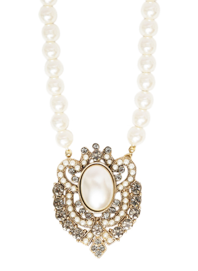 LACEY PEARL NECKLACE