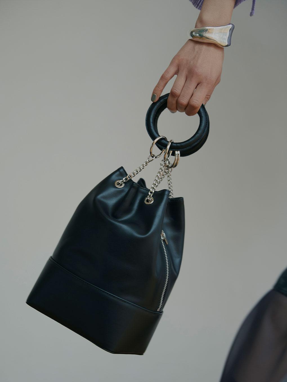 KINCHAKU LEATHER BAG