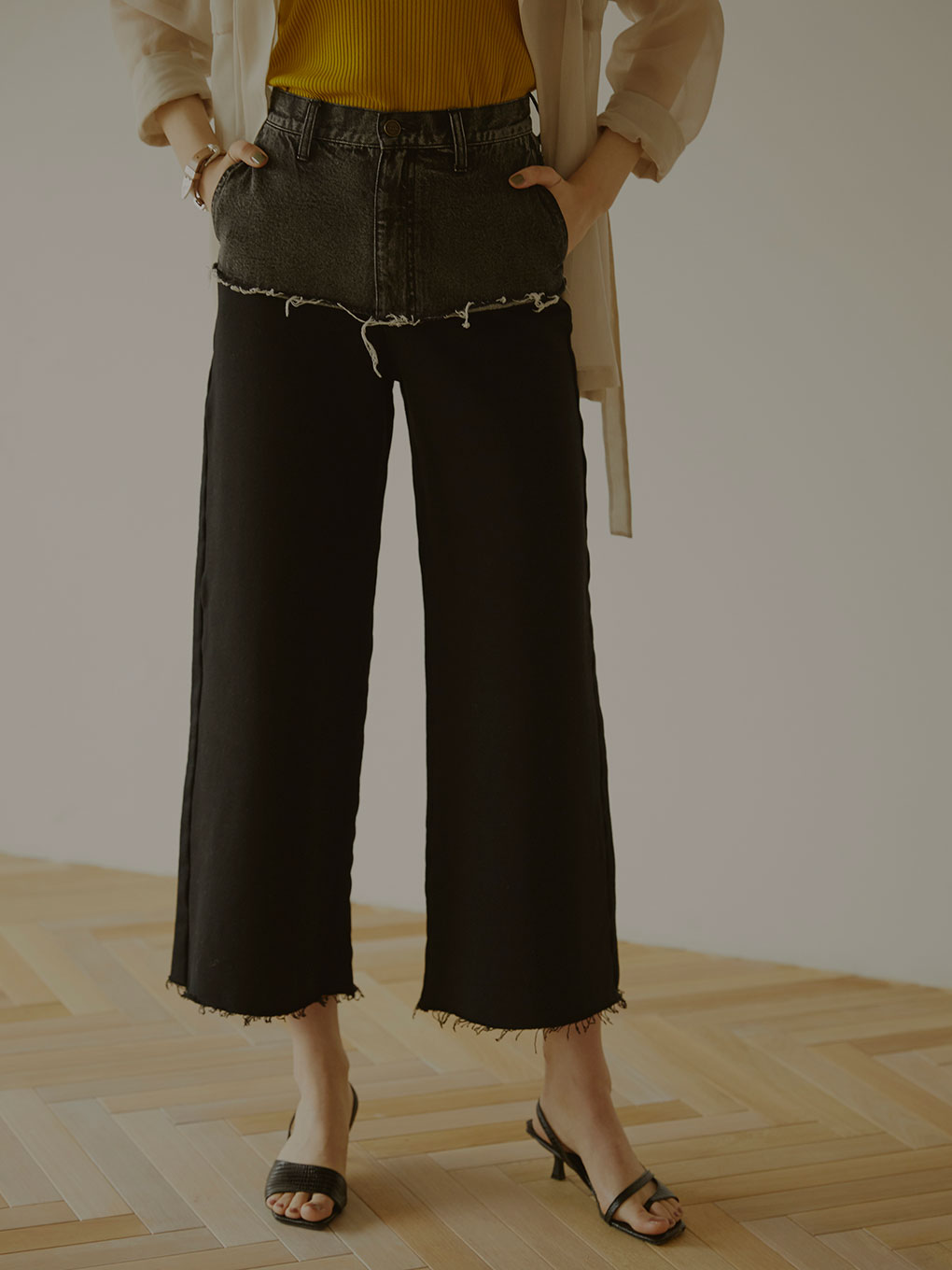 DENIM SWEAT DOCKING WIDE PANTS
