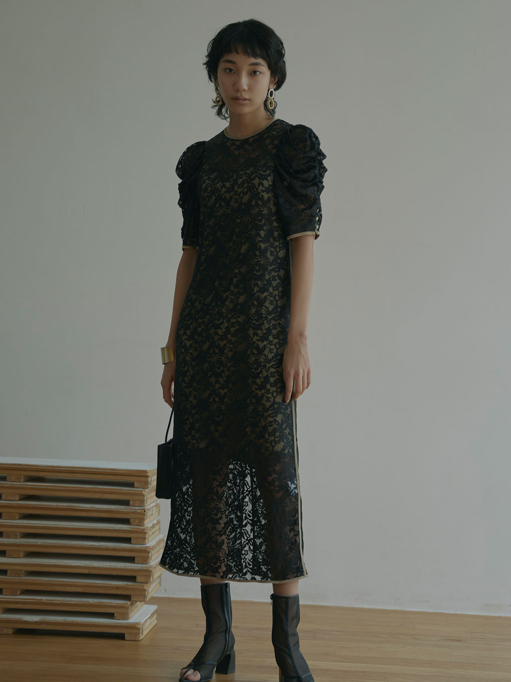SHINE COATING LACE DRESS