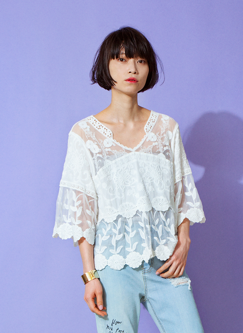 SEE THROUGH FLOWER LACE TOP