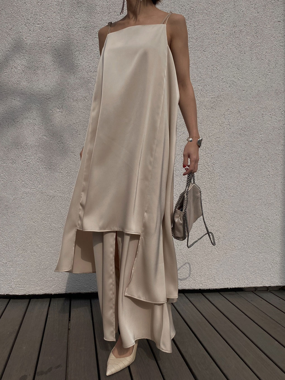 MEDI LADY LAYERED DRESS