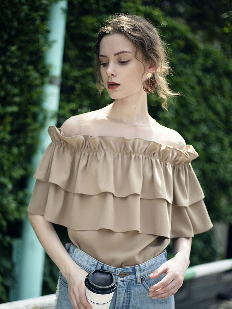 UNDULATE SHEER TOP