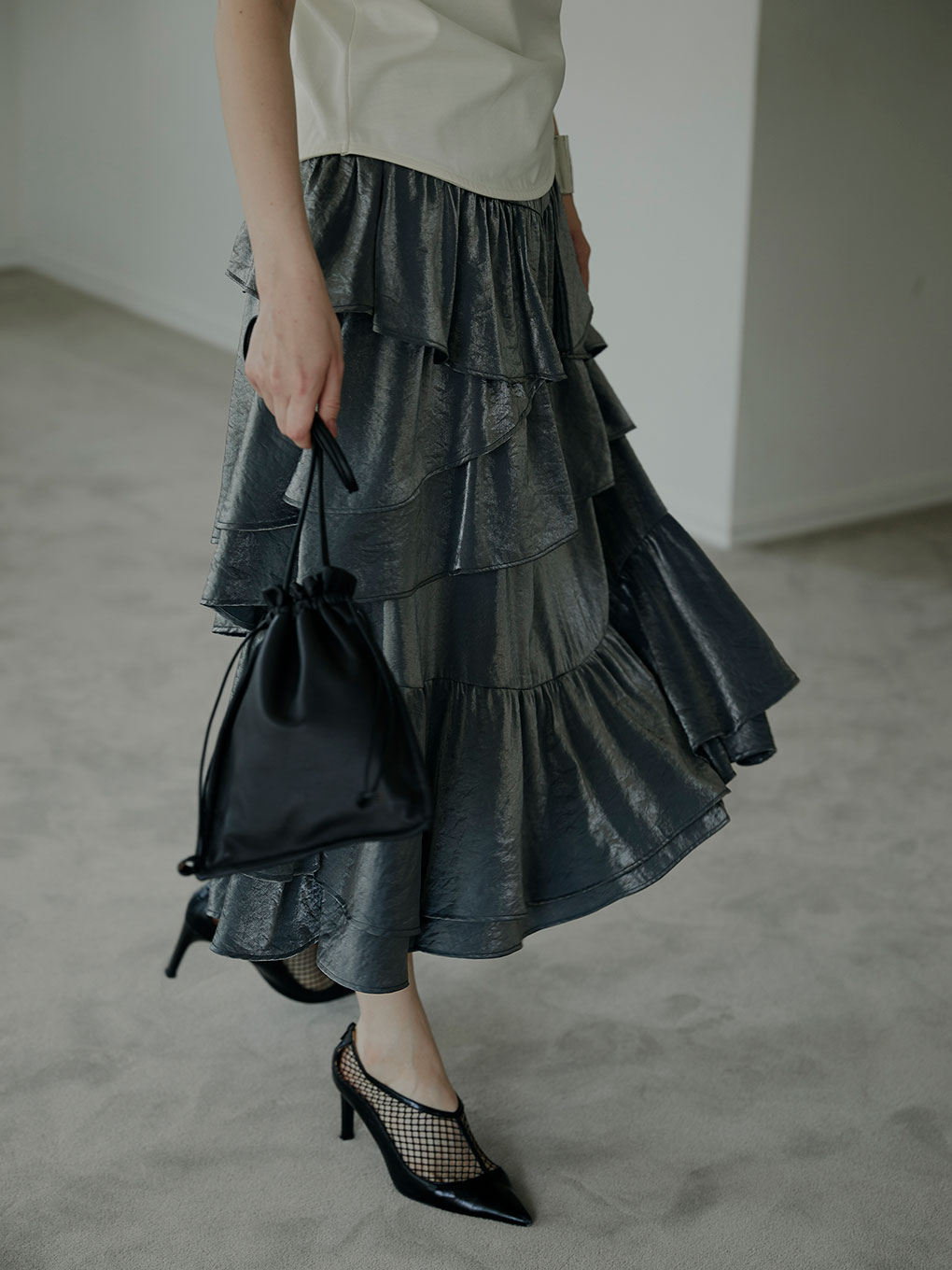 STRAGGLY TIERED SKIRT