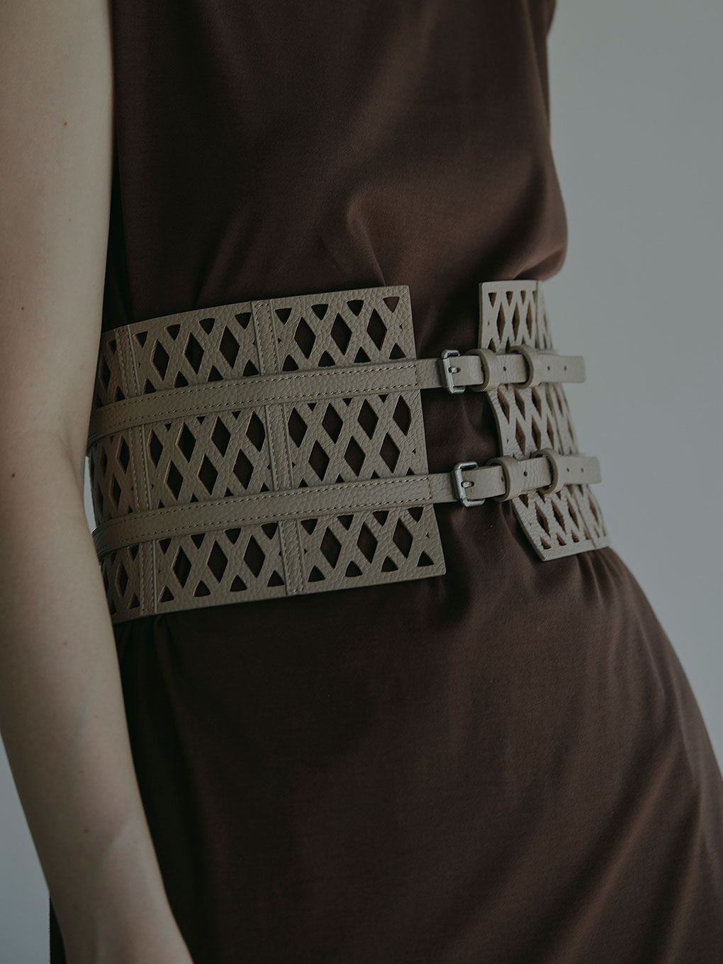 MEDI MESH WIDE BELT