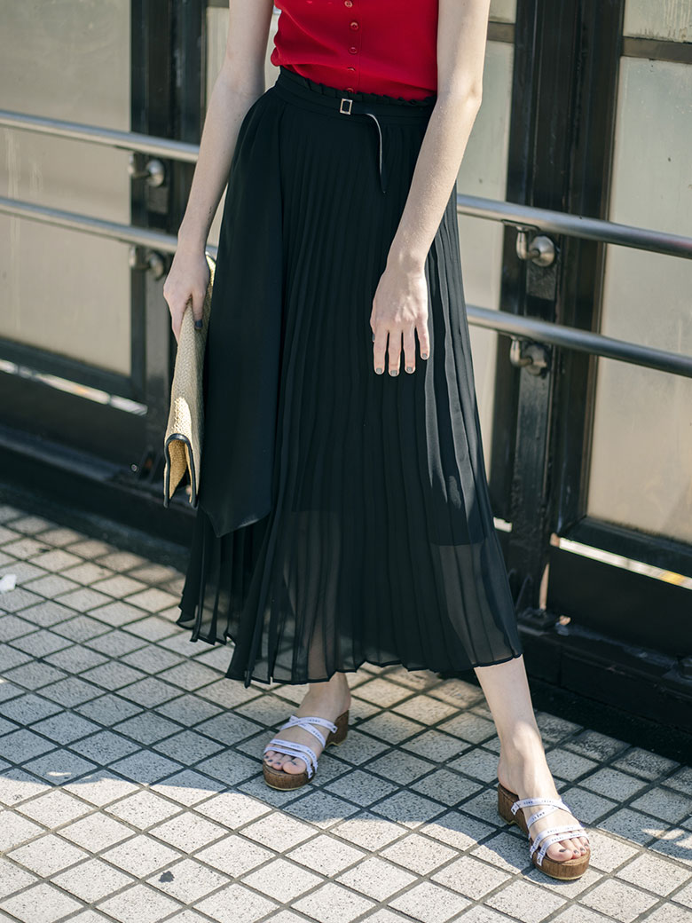 OVERLAP PLEATS SKIRT