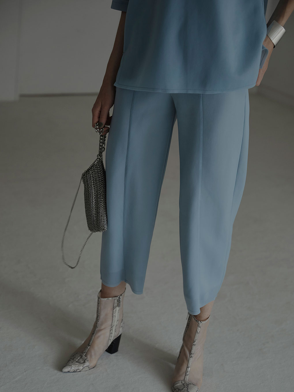 SHEER CARD BOARD PANTS