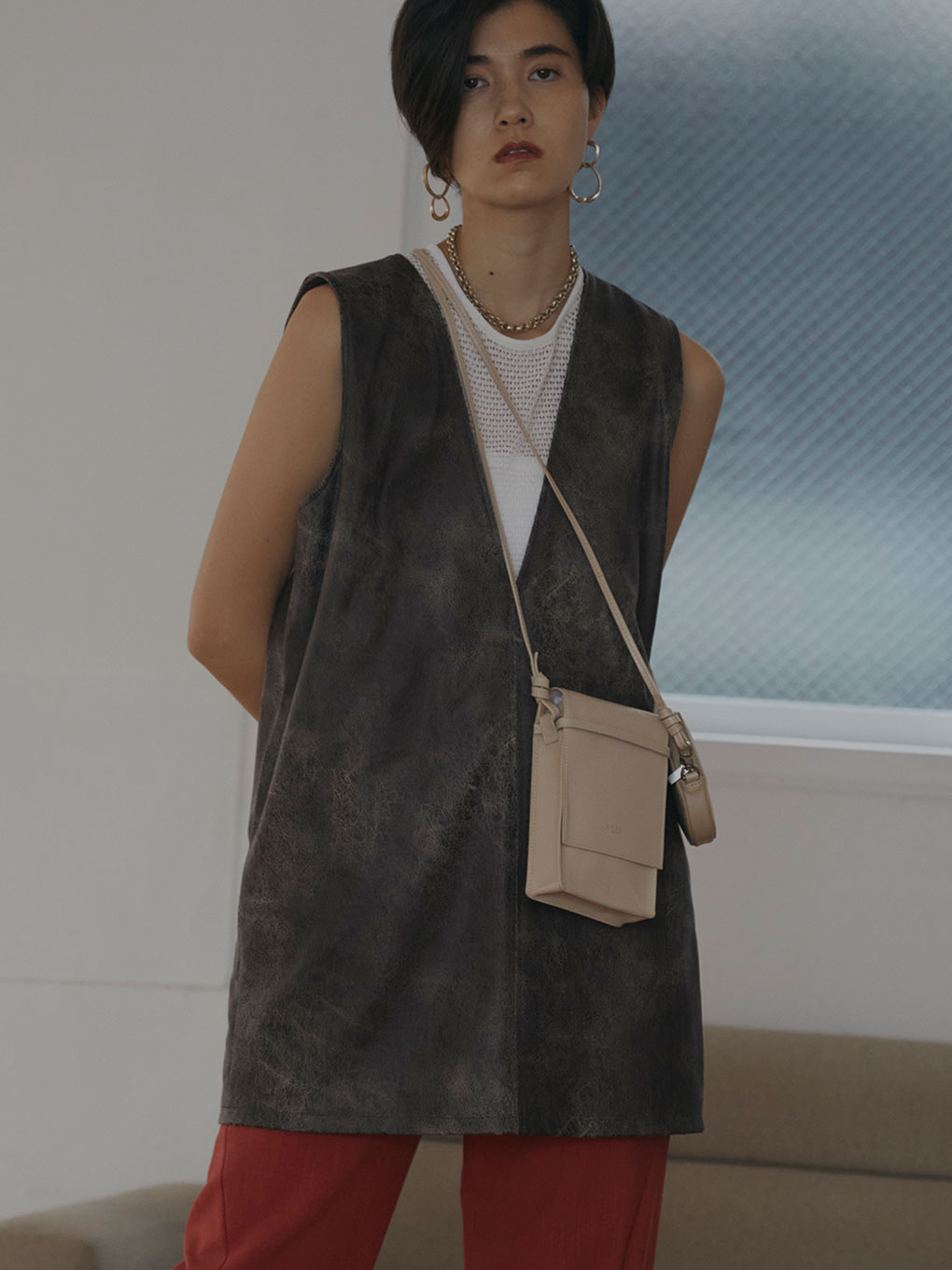 CRUSHED LEATHER SLEEVELESS TOP