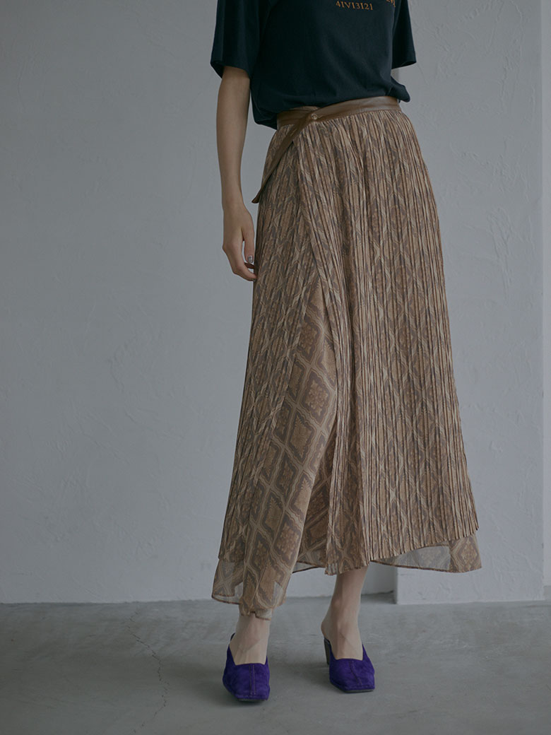MAGGIE OVERLAP PLEATS SKIRT