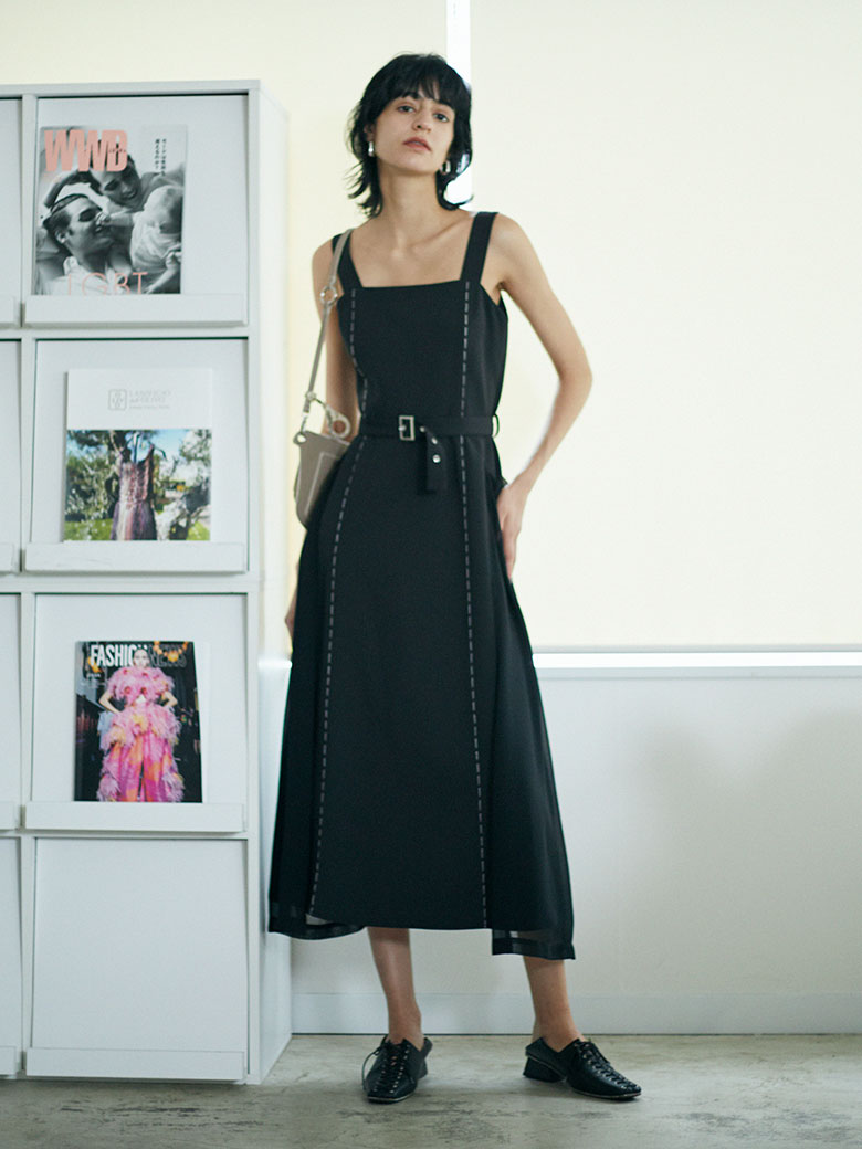 BIG POCKET STITCH DRESS