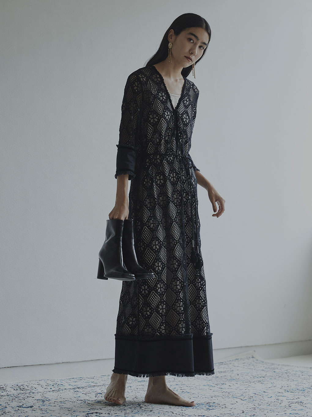 GEOMETRY LACE DRESS