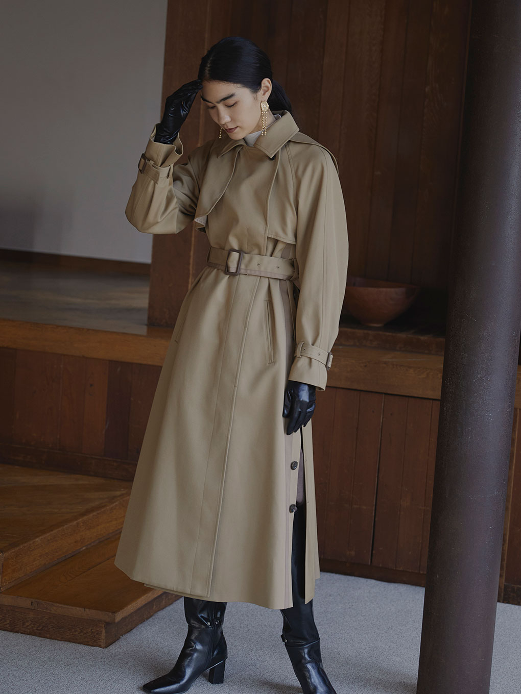 MINIMAL FLARE LONG TRENCH COAT