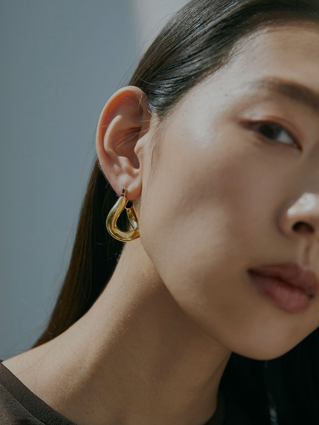 LAURA LOMBARDI MINI ANIMA EARRINGS/ピアス