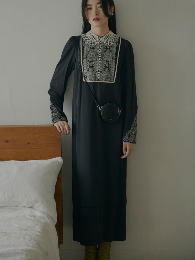 ELFIN EMBROIDERY CAFTAN DRESS