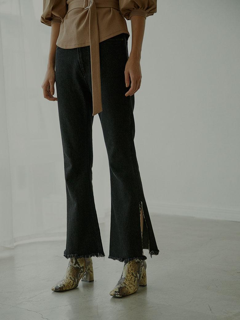 SLIT FLARE DENIM PANTS