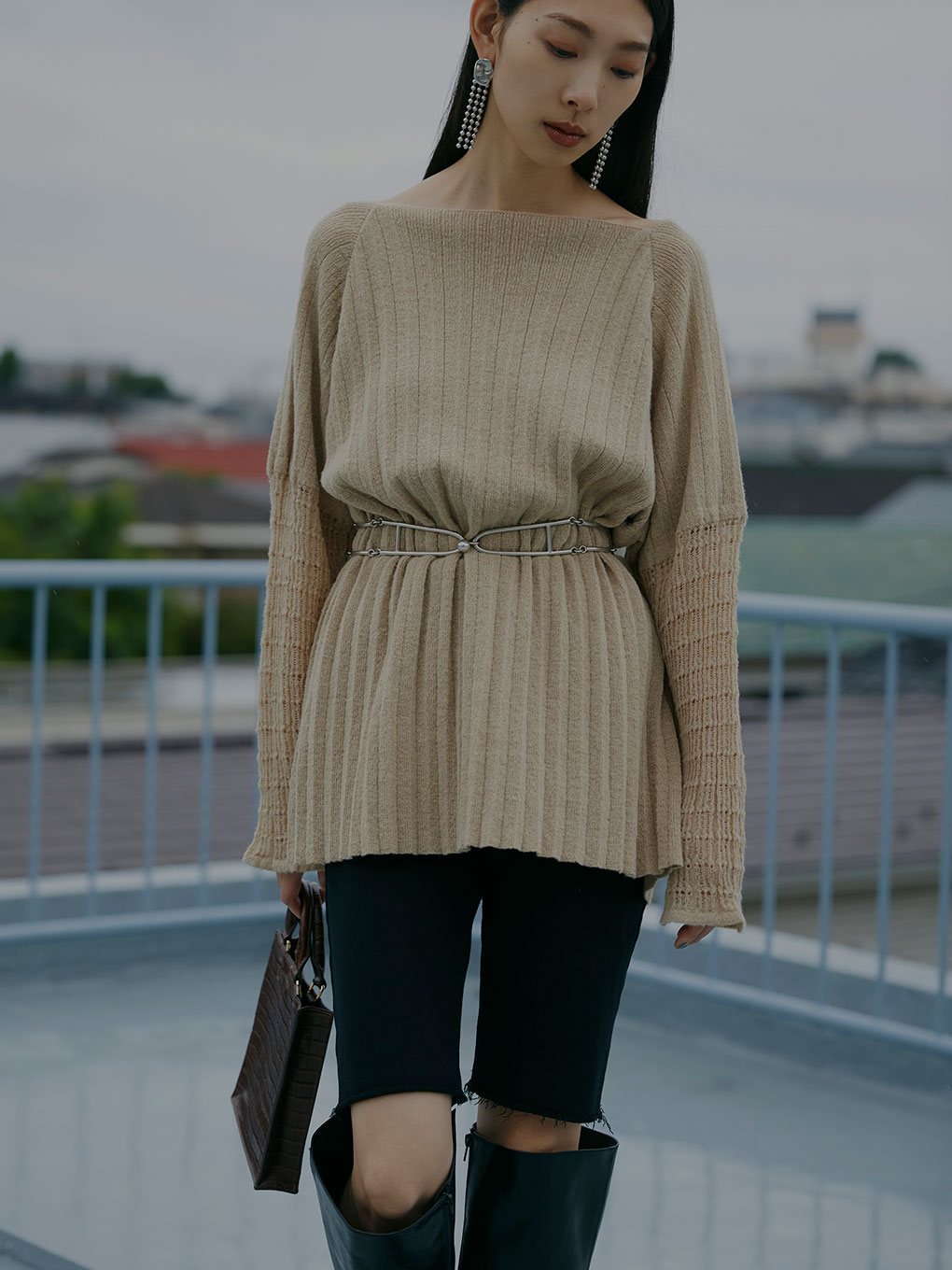 SHEER SLEEVE PLEATS KNIT
