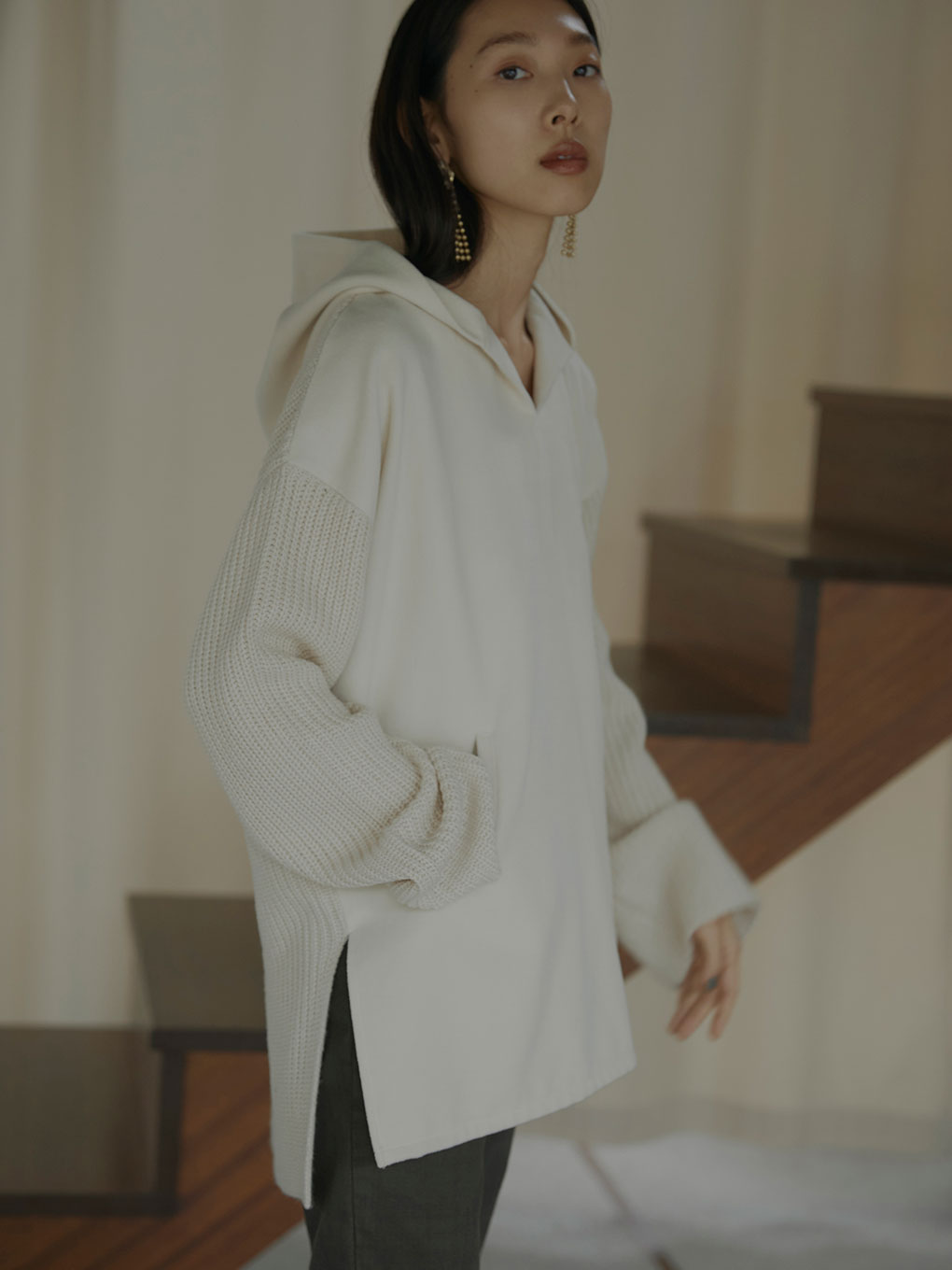 HOODED DOCKING KNIT
