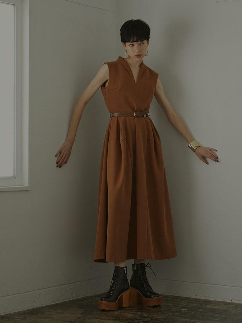DIVER DIMENSIONAL DRESS