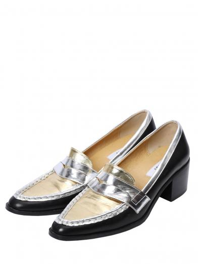 POINTED COIN LOAFER