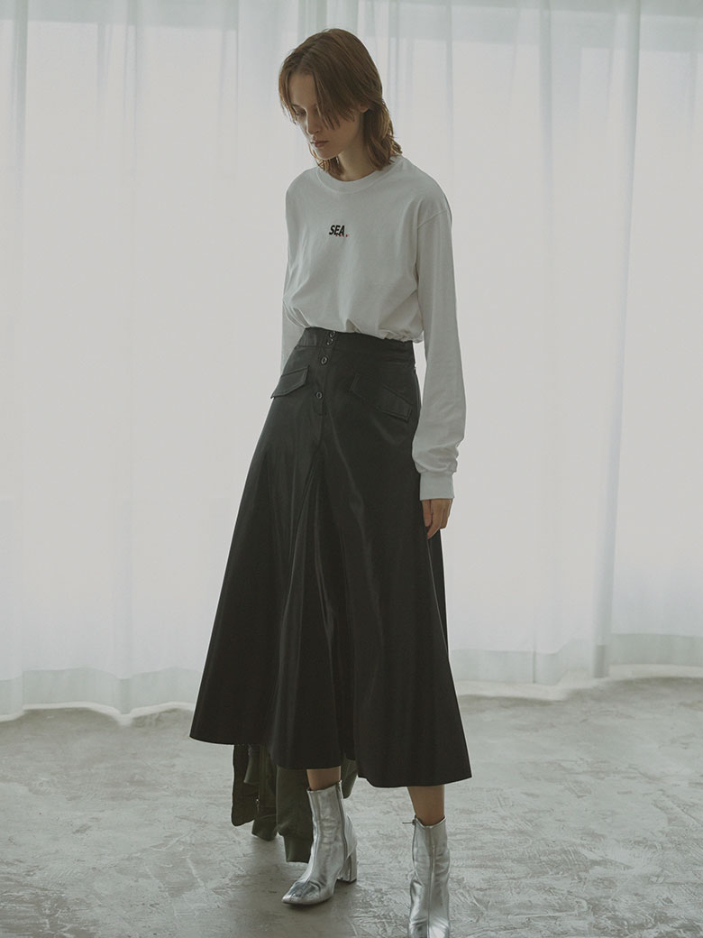 IRREGULAR FLARE LEATHER SKIRT