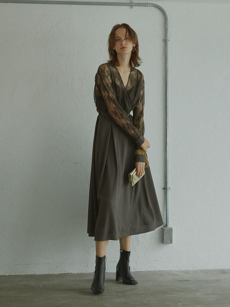 LADY LACE VEIL DRESS