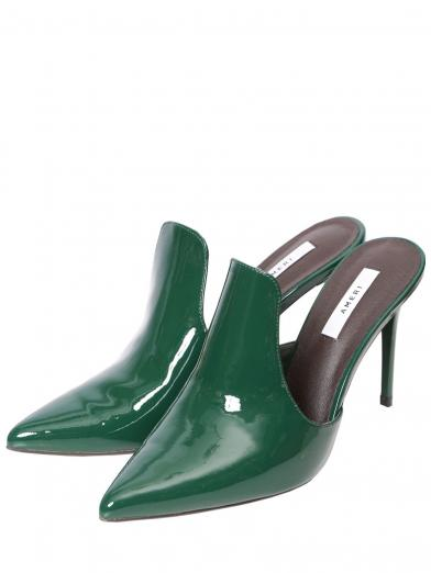 GLOSSY LOW CUT BOOTEE