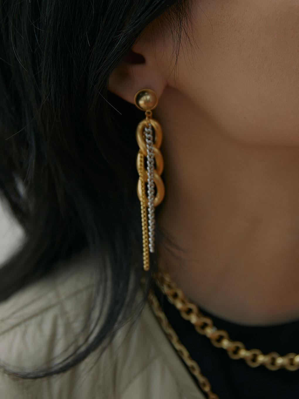 Bijou R.I Three Chain Pierce